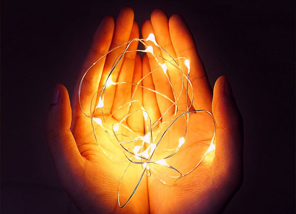 white plug in wire fairy lights lamp for weddings-5